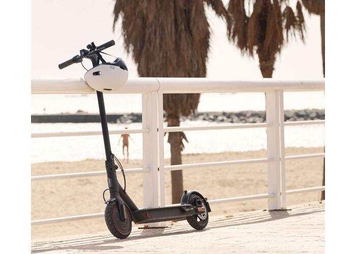 XIAOMI Mi Electric Scooter Pro 2 - Elektromos roller (FEKETE)