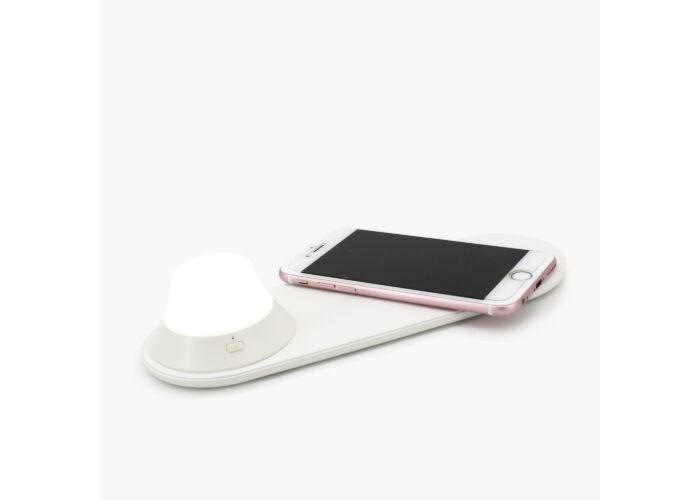Yeelight Vezeték nélküli töltő lámpa funkcióval